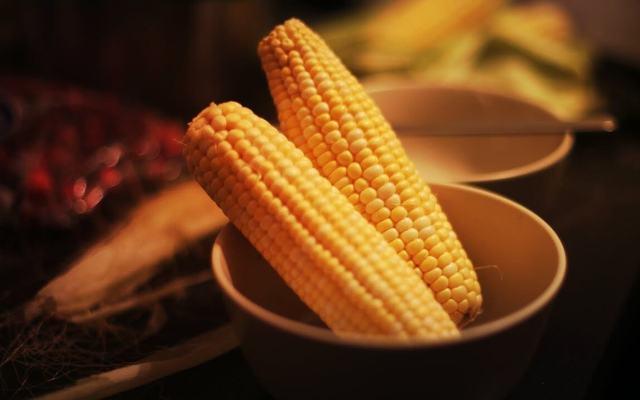 Видеть во сне кукурузу в початках, кукурузное поле к чему снится