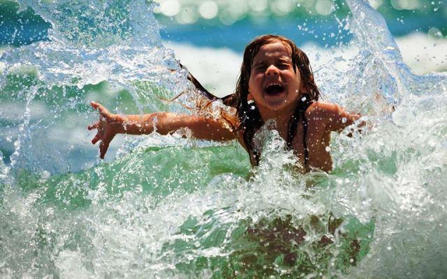 Видеть во сне купаться в чистой воде, к чему снится трактовка популярных сонников