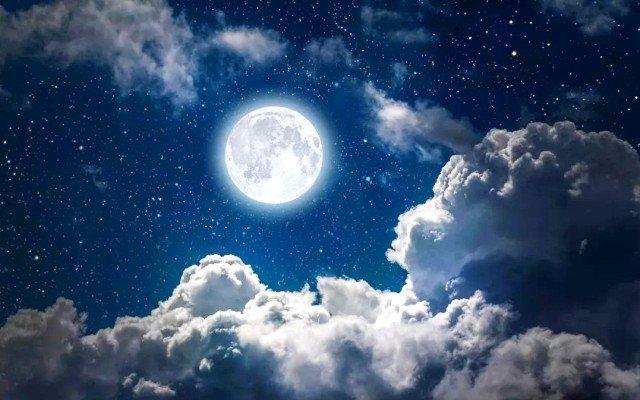 Видеть полную луну на небе к чему снится по соннику