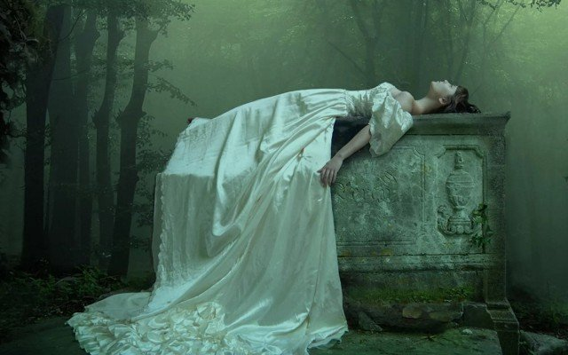 Видеть во сне труп свой или женщины, много трупов трактовка сонник Миллера
