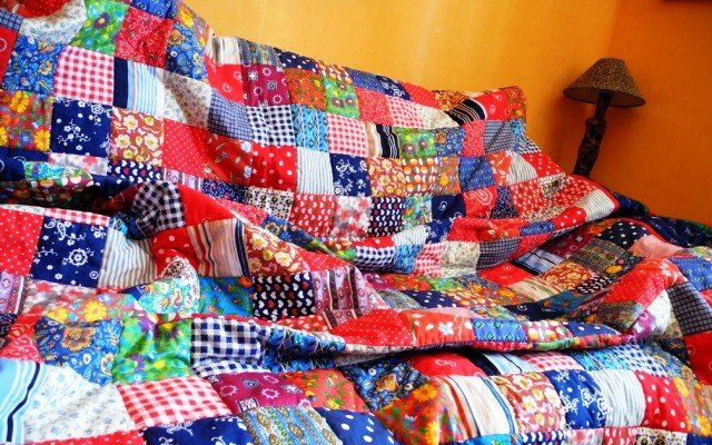 К чему снится во сне новое одеяло значение образа по соннику